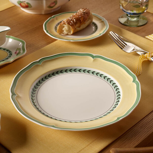 French Garden Vienne dinner plate, , large