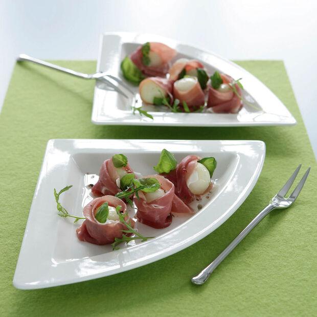 NewWave triangular dinner plate, , large