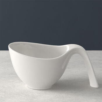 Flow cup with handle
