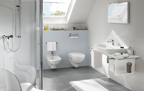 Bath Under A Sloping Roof Clever Use Of Space Villeroy Boch - Slanted ceiling bathroom